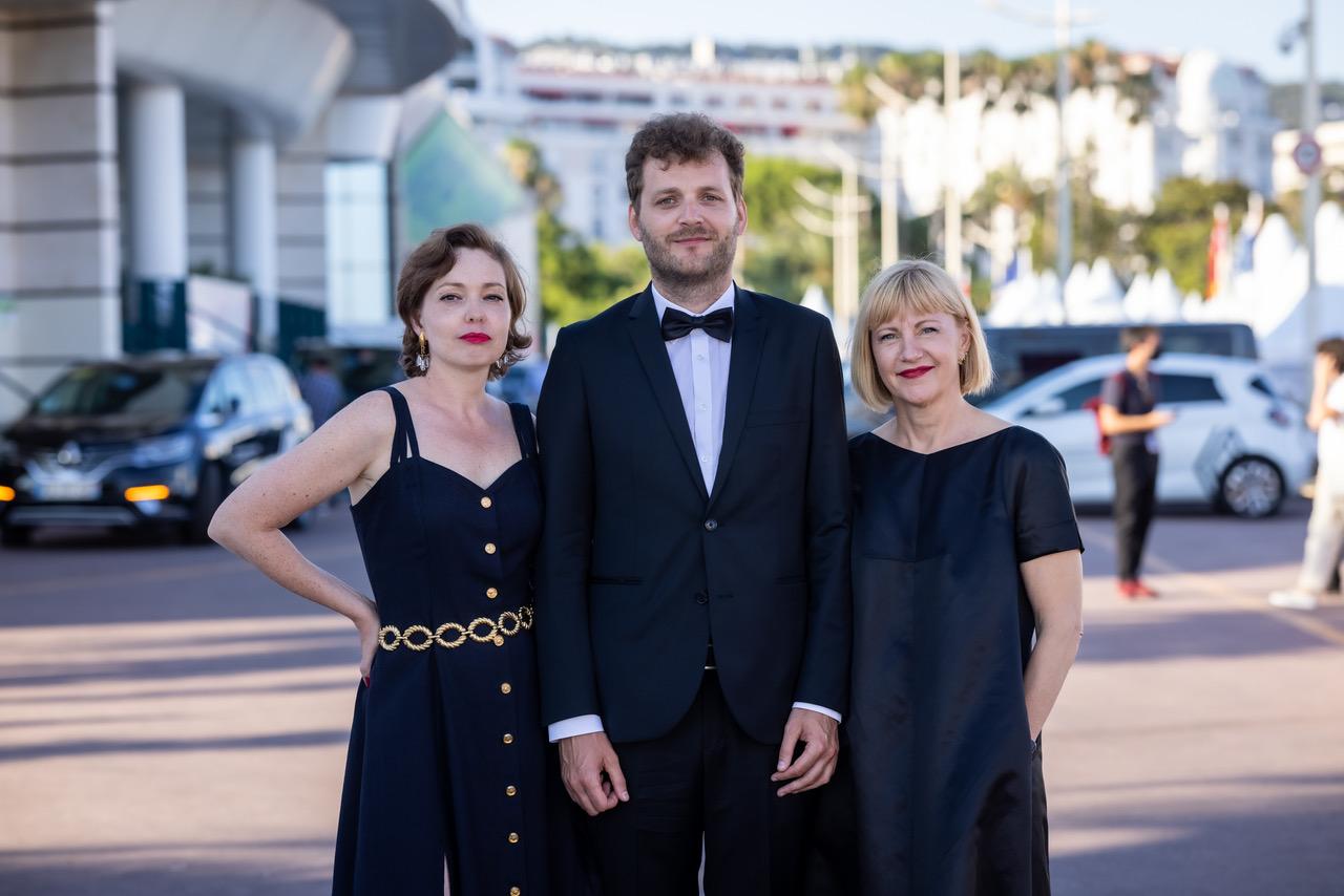 Livia Ulman, Andris Feldmanis, Riina Sildos  Cannes'i filmifestivalil 2021